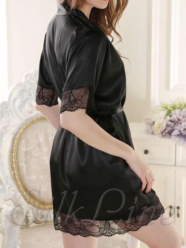 87a675a3533f9 Шелковый халат с кружевом по лучшей цене в SilkLine. Арт.: SL401